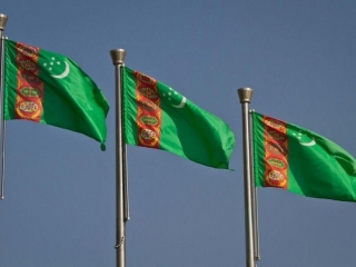"Turkmenistan is not included at all in the World Bank's ""East of Doing Business"" global ranking analysis and Turkmen state-owned companies have had serious difficulties paying their debts and meeting their financial obligations. The message is that investors would be wise to be wary"